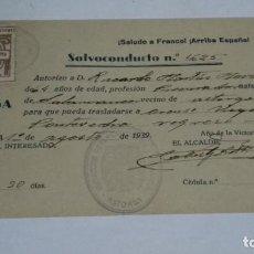 Militaria: SALVOCONDUCTO 1939 GUERRA CIVIL - ALCALDÍA DE ASTORGA - SELLO SUBSIDIO AL COMBATIENTE DE 1 PTA. Lote 262308850