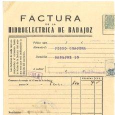 Militaria: GUERRA CIVIL 31-10-1937. FACTURA HIDROELÉCTRICA DE BADAJOZ A PEDRO GRAJERA FET PUEBLA DE LA CALZADA. Lote 267068154