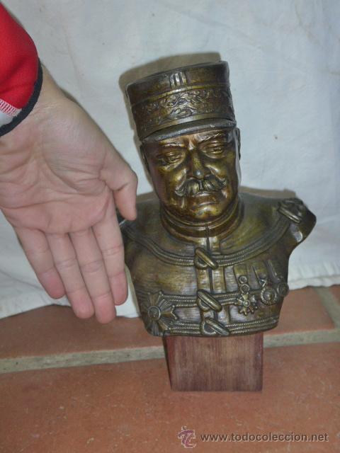 Militaria: Antiguo y gran busto d bronce de Mariscal Joffre, voluntarios catalanes en la Primera guerra mundial - Foto 8 - 40612548