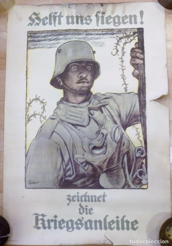 CARTEL DE CARTÓN RARO ORIGINAL 1917 WWI, HEFT UNS FIEGEN ZEICHNET DIE KRIEGSANLEIHE!,POR FRITZ ERLER (Militar - I Guerra Mundial)
