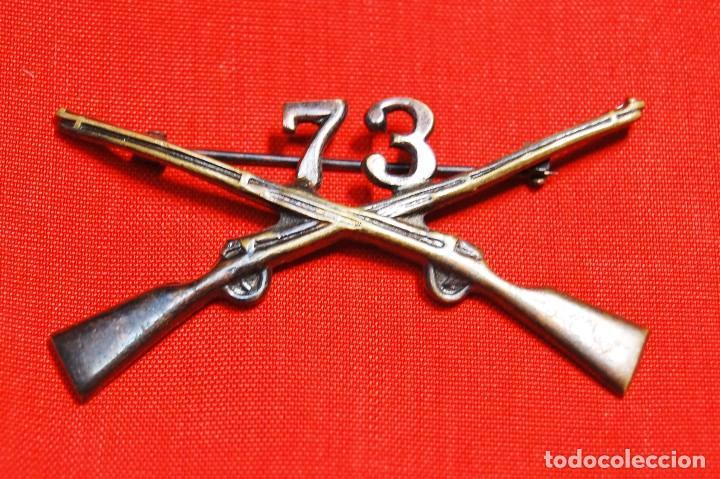 Militaria: INSIGNIA DE CUELLO DE OFICIAL DEL 73 Rgto. DE INFANTERIA DE ESTADOS UNIDOS.SEGUNDA GUERRA MUNDIAL - Foto 2 - 122821463
