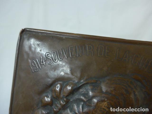 Militaria: Antiguo recuerdo en cobre de I guerra mundial, original, Ingles. 1914. Relieve reina Elisabeth. - Foto 4 - 137803958