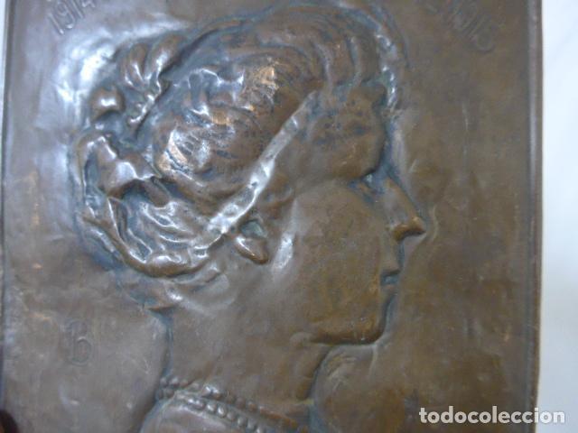 Militaria: Antiguo recuerdo en cobre de I guerra mundial, original, Ingles. 1914. Relieve reina Elisabeth. - Foto 5 - 137803958