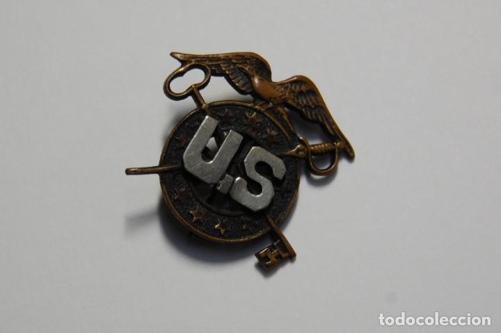 RARA INSIGNIA DE GORRA DE OFICIAL DE INTENDENCIA DE ESTADO UNIDOS.PRIMERA GUERRA MUNDIAL (Militar - I Guerra Mundial)