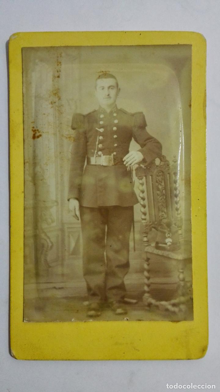 ANTIGUA FOTOGRAFIA, JOVEN MILITAR POSANDO, ESTUDIO ROUBIEU - BEZIERS, AÑOS 20 (Militar - I Guerra Mundial)