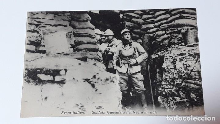 Militaria: ANTIGUA POSTAL WWI - I GUERRA MUNDIAL - FRENTE ITALIANO SOLDADOS FRANCESES EN UN REFUGIO - Foto 2 - 184073177