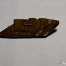 Militaria: DISTINTIVO METALICO DE HOMBRO DE TANQUISTA DE REINO UNIDO.PRIMERA GUERRA MUNDIAL.. Lote 195305177