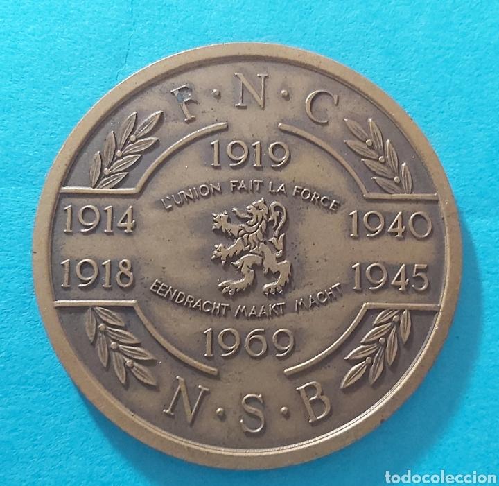MEDALLÓN 50 ANIVERSARIO PRIMERA GUERRA MUNDIAL. BELGICA FNC/NSB. FEDERACION NACIONAL DE COMBATIENTES (Militar - I Guerra Mundial)