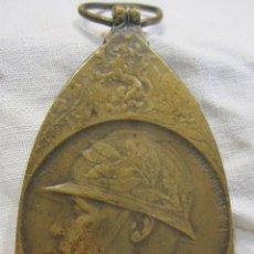 Militaria: MEDALLA CONMEMORATIVA BELGA DE LA GUERRA 1914-1918. FIRMADA DEBREMAECKER. 4,6 X 3 CM. Lote 213578365