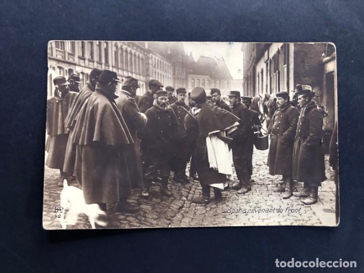 POSTAL FRANCIA ( FRANCE ) 1ª GUERRA MUNDIAL / TROPAS COLONIALES ( SPAHIS ) REGRESANDO DEL FRENTE (Militar - I Guerra Mundial)