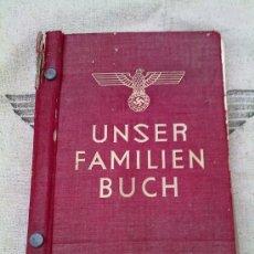 Militaria: LIBRO DE LA FAMILIA ALEMANA ARIA ORIGINAL II GUERRA MUNDIAL. Lote 27188119