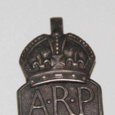 Militaria: INSIGNIA DEL AIR RAID PRECAUTIONS (ARP). PLATA. REINO UNIDO. II GUERRA MUNDIAL. Lote 89273040
