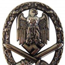 Militaria: CONDECORACIÓN ASALTO GENERAL. Lote 142992717