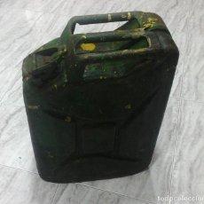 Militaria: JERRICAN BIDÓN JEEP MILITAR LATA GASOLINA. Lote 145482830