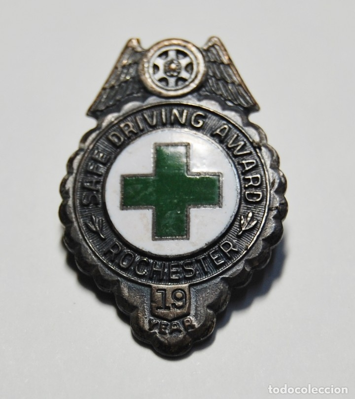 INSIGNIA DE CRUZ ROJA DE ESTADOS UNIDOS.19 AÑOS DE CONDUCCION DE AMBULANCIA SEGURA.2ª GUERRA MUNDIAL (Militar - II Guerra Mundial)