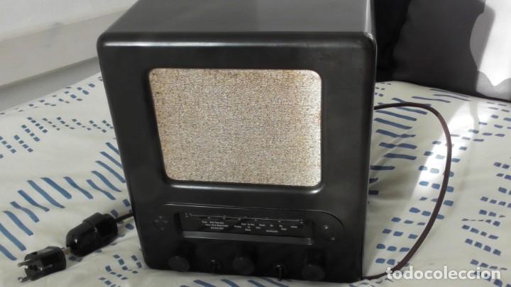 RADIO ALEMANA VOLKSEMPLÄNGER 301 DYN 1939. PERFECTO ESTADO DE CONSERVACIÓN. ORIGINAL TERCER REICH (Militar - II Guerra Mundial)