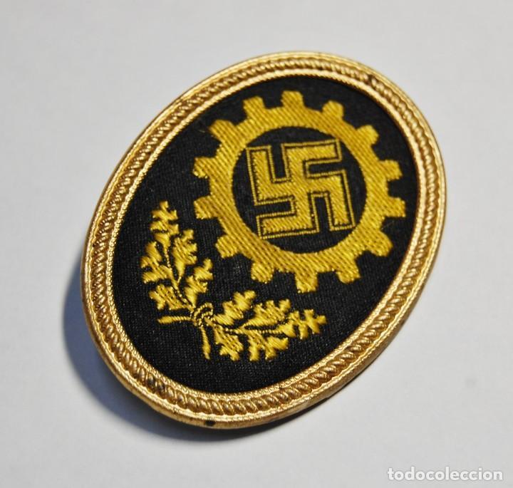INSIGNIA DE GORRA DE LOS MIEMBROS DEL DAF DE ALEMANIA.2ª GUERRA MUNDIAL.. (Militar - II Guerra Mundial)