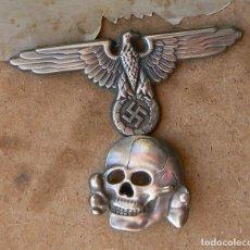 Militaria: WW2 INSIGNIAS ALEMANAS DEL ÁGUILA Y DEL CALAVERA TOTENKOPF PARA GORRA DE PLATO . Lote 156663014