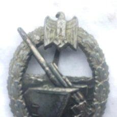 Militaria: ALEMANIA, III REICH, KRIEGSMARINE DISTINTIVO DE ARTILLERÍA DE COSTA MARCAJE SCHWERIN BERLÍN. Lote 160741542