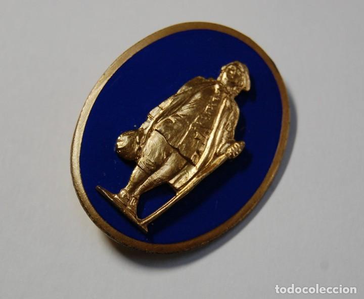 Militaria: INSIGNIA PLATA MACIZA del 111 regimiento de INFANTERIA de ESTADOS UNIDOS.2ª GUERRA MUNDIAL. - Foto 4 - 167840288