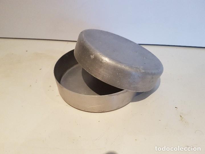 Militaria: Mantequera de aluminio, creo que austriaca. Postguerra? - Foto 4 - 172618145