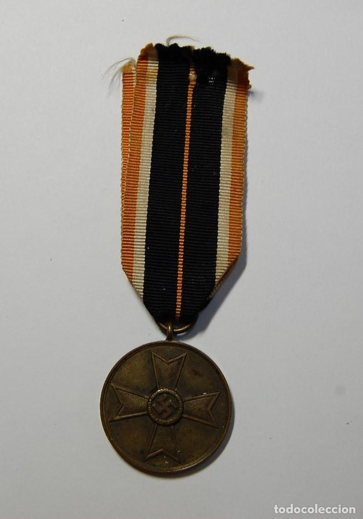 MEDALLA ALEMANA AL MERITO DE GUERRA.SEGUNDA GUERRA MUNDIAL (Militar - II Guerra Mundial)