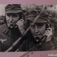Militaria: COPIA DE FOTO DE LA II GUERRA MUNDIAL. MUJERES EN LA GUERRA. ALEMANIA. III REICH. LUFTWAFFE.. Lote 179333797