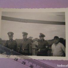 Militaria: FOTO DE MILITARES ALEMANES. OFICIALES, MARINERO DE KRIEGSMARINE. II GUERRA MUNDIAL. ORIGINAL.. Lote 179334661