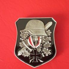Militaria: INSIGNIA EJÉRCITO ALEMÁN NAZI. CRUZ DE HIERRO.CASCO.ESPADA.PIN.GUERRA EMBLEMA. Lote 205336320