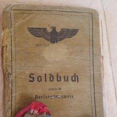 Militaria: SOLDBUCH ALEMÁN 2ª GM . 299 INFANTERIE DIVISION & 2 PANZERARMEE . CON 3 MEDALLAS + ESCARAPELA. Lote 194995542