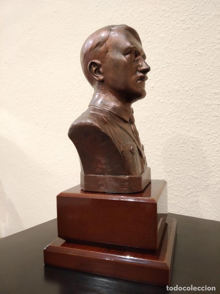 Militaria: BUSTO EN BRONCE DE ADOLF HITLER -CON PEANA DE MADERA- III REICH - Foto 6 - 195130617