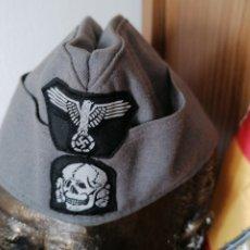 Militaria: GORRA CUARTELERO TOTENKOF. Lote 190145361
