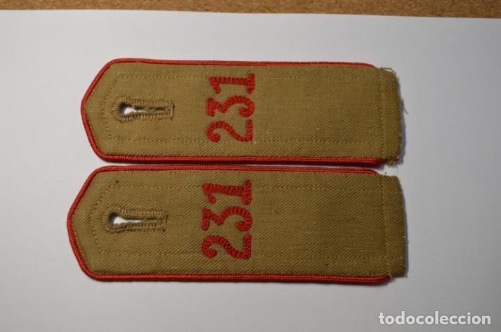 PAREJA DE HOMBRERAS DEL 231 REGIMIENTO DE LAS JUVENTUDES HITLERIANAS ALEMANAS.2ª GUERRA MUNDIAL (Militar - II Guerra Mundial)