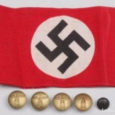 Militaria: BRAZALETE Y BOTONES DE LA NSDAP DEL TERCER REICH COMPLETAMENTE ORIGIAL 2WW. Lote 201211540