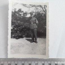 Militaria: MIEMBRO DEL RAD CON BRAZALETE NAZI. Lote 211423657