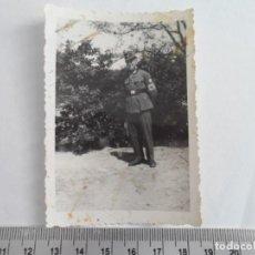 Militaria: MIEMBRO DEL RAD CON BRAZALETE NAZI. Lote 211423827