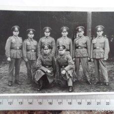 Militaria: SOLDADOS WEHRMACHT POSANDO. Lote 211424917
