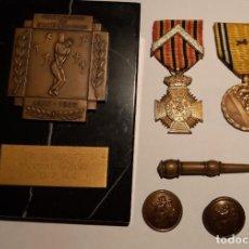 Militaria: IMPRESIONANTE LOTE WW2. BELGICA. PLACA, DOS MEDALLAS Y BOTONES. Lote 214897855