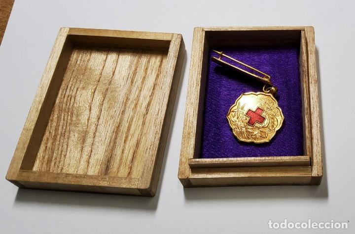 MEDALLA MIEMBRO DE LA CRUZ ROJA DE MANCHURIA DURANTE OCUPACION DE JAPON. 2ª GUERRA MUNDIAL. (Militar - II Guerra Mundial)