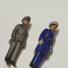 Militaria: FIGURITAS PATRIOTICAS DE MILITARES DE CERAMICA DE ALEMANIA.SEGUNDA GUERRA MUNDIAL. Lote 221750390