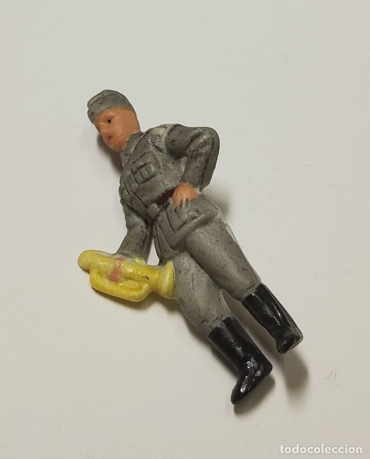 Militaria: Figura de porcelana patriótica de ALEMANIA. SEGUNDA GUERRA MUNDIAL TOTALMENTE ORIGINAL - Foto 2 - 221772953
