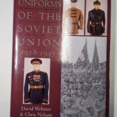 Militaria: LIBRO DE TAPA DURA DE LA EDITORIAL SCHIFFER.UNIFORMES RUSOS DESDE 1918 A 1945.NUEVO. Lote 231297490