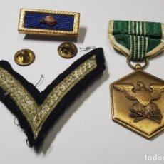 Militaria: MEDALLA Y DISTINTIVO DEL EJERCITO DE ESTADOS UNIDOS.2ª GUERRA MUNDIAL. Lote 252675485
