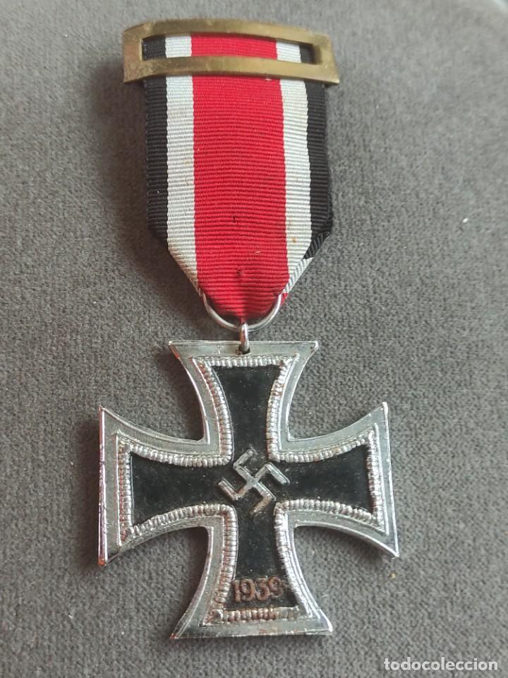 CRUZ DE HIERRO DE FABRICACIÓN ESPAÑOLA PARA DIVISIÓN AZUL (Militar - II Guerra Mundial)