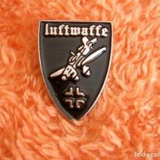 Militaria: INSIGNIA PIN RETRO DE LA LUFTWAFFE - FUERZA AEREA ALEMANIA NAZI EN II GUERRA MUNDIAL - AVION STUKA. Lote 268784804