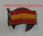 INSIGNIA DE OJAL CON BANDERA DE ESPAÑA (Militar - Insignias Militares Españolas y Pins)