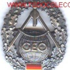 Militaria: EMBLEMA METÁLICO BOINA ALEMANA.. Lote 1169644