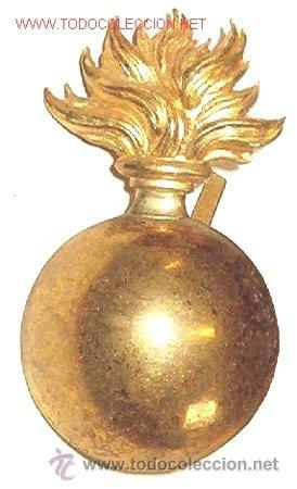 BOMBETA ARTILLERIA AÑOS 20 4,5 CM, ABSOLUTAMENTE NUEVA Y ORIGINAL (Militar - Insignias Militares Extranjeras y Pins)