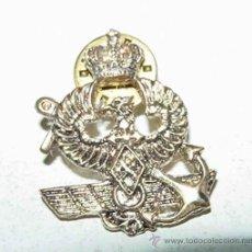 Militaria: ANTIGUA PIN CON AGUILA, ANCLA Y ALAS DE AVIACION - MIDE 3 CMS.. Lote 45306080