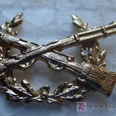Militaria: DISTINTIVO PIN MILITAR. TIRADOR SELECTO CATEGORÍA PERMANENTE. COLOR DORADO. PERFECTO. GUARDIA CIVIL.. Lote 41016209
